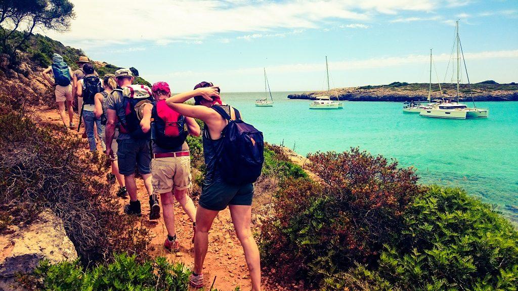 Yogaferien am Meer Mallorca Wanderausflug Küste Baden Internet